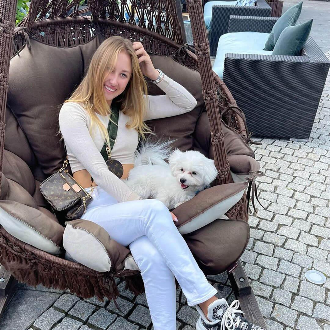 Anastasia Potapova Picture 3