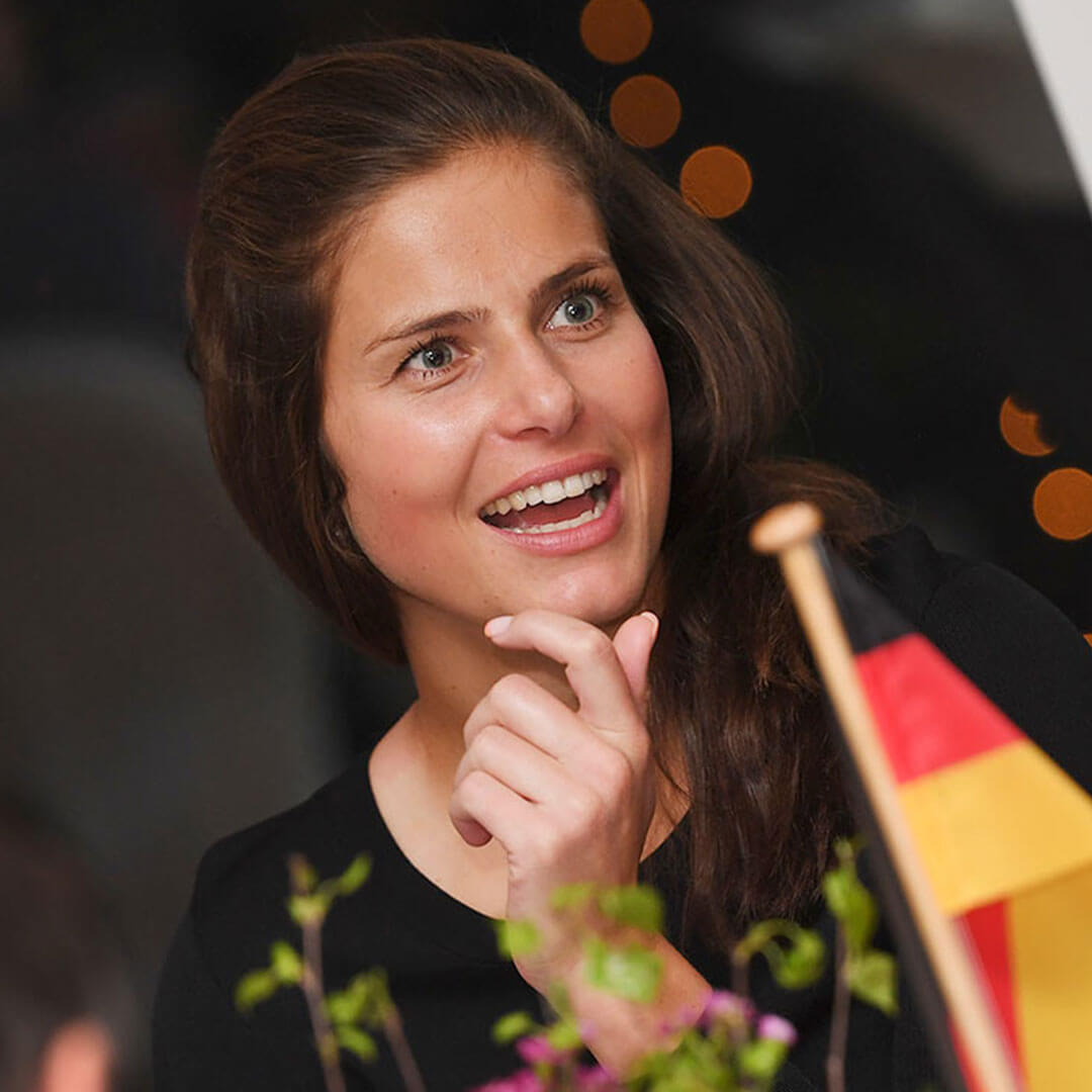 Julia Goerges Picture 3