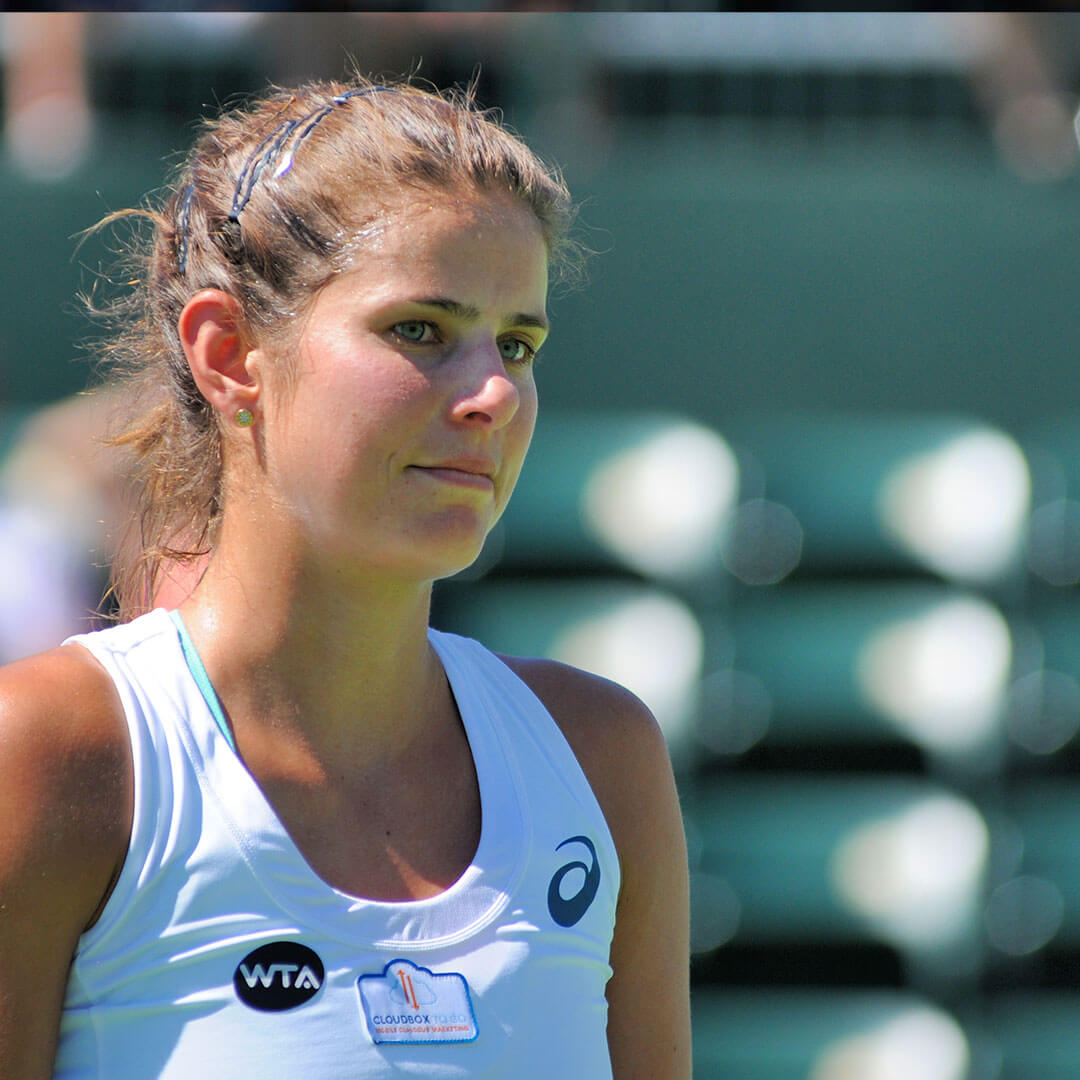 Julia Goerges Picture 5